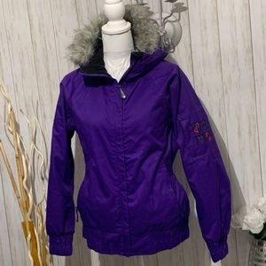 686 WOMEN'S SMARTY ARIES JACKET SIZE SMALL
